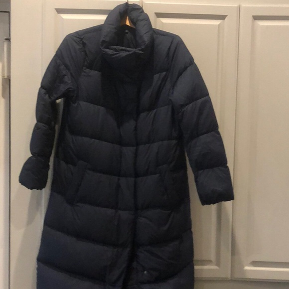 UNIQLO women's lightweight long down coat